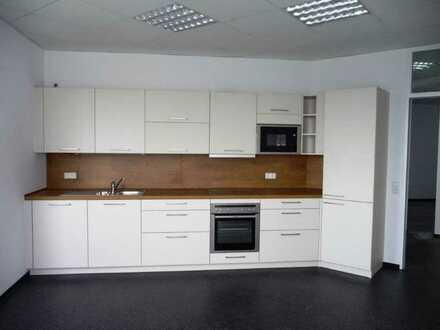 9-Zimmer-Wohnung in KA-Neureut von Privat zu vermieten