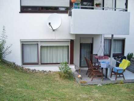 Sehr attraktive 4 1/2 Zimmer Gartengeschosswohnung mit TG-Stellplatz in 73037 Göppingen.