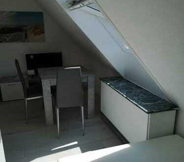 1 Raum Möbliert 350€ Warmmiete