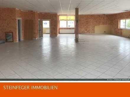 Nieder Mockstadt: Größzügige Praxisräume mit 10 Parkplätzen zu vermieten !