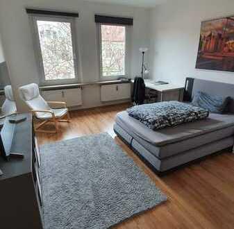 Wohnen mit Südbalkon und Tageslichtbad renoviert