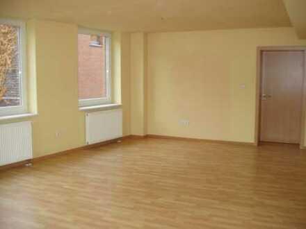 Preiswerte, geräumige und modernisierte 2-Zimmer-Wohnung mit Balkon in Olfen