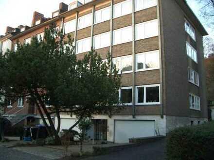 Vollständig renovierte 2-Zimmer-Wohnung mit Balkon und EBK in Aachen