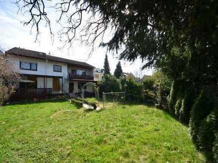 1-Fam. Haus mit ELW, Kamin, herrlichem Garten und Garage in gesuchter Wohnlage von Viernheim..