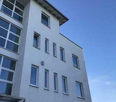 Repräsentatives, helles Büro - Penthouse mit Weitblick