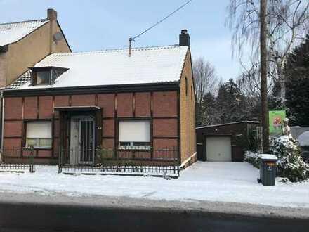 Abrissgrundstück für Kern-Haus Bauherren in Köln Lövenich!