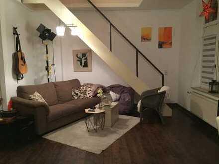 4-Zimmer-Maisonette-Wohnung mit Erker mitten in Bochum