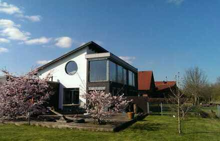 Helles geräumiges Haus mit sieben Zimmern in Friesland (Kreis), Jever - Mietdauer max 3 Jahre