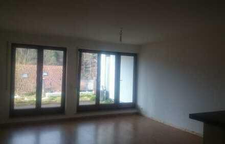 Neuwertige 2-Zimmer-Wohnung mit Balkon und EBK in calw. 2M.mieten Kaution