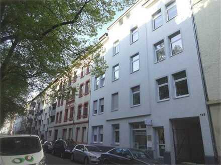 Schöne 3 Zimmer Altbauwohnung im Nordend Offenbachs zu vermieten