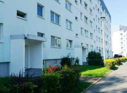 Sanierte 2-Raum-Wohnung - Erstbezug