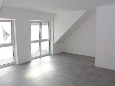 Neubau mit Balkon: ansprechende 3-Zimmer-Maisonette-Wohnungen in Ammerbuch-Poltringen