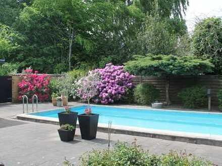 Großzügiges Haus für die gesamte Familie mit Swimmingpool