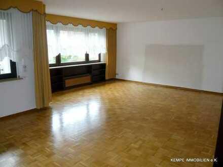 2 ½ Raum Wohnung im 1. OG mit guter Raumaufteilung und Balkon in Essen-Heisingen