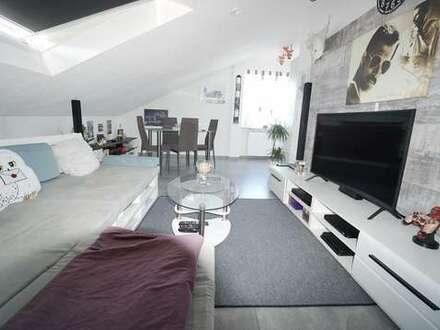 Helle, modernisierte 3-Zimmer-DG-Wohnung in schöner Wohnlage *Aktuell Vermietet*