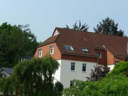 Provisionfrei - helle 3 Zimmer - Dachgeschoss Wohnung in Bad Soden/Ts.