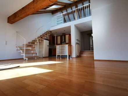 KL - Kaiserberg, Maisonette-Wohnung mit 2,5 ZKB, EBK, sonniger Balkon in ruhiger Lage