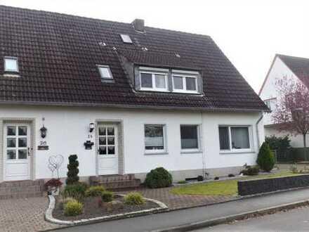Renovierte, behagliche DG-Wohnung mit Balkon in Unna-Lünern