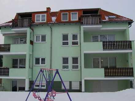 Schöne helle 2-Raum-Wohnung mit Balkon in Großröhrsdorf