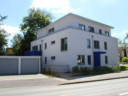 Barrierefreie exklusive 2 Zimmer-EG-Wohnung mit Gartenanteil im Neubauobjekt