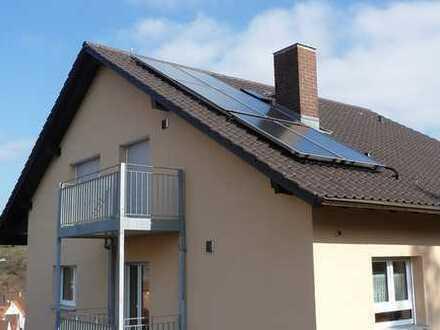 Gepflegte 3-Zimmer-Dachgeschosswohnung mit Balkon und EBK in Bruchsal