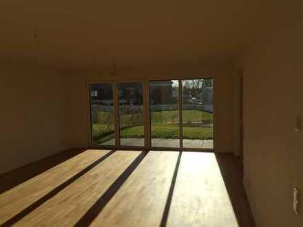 Helle 3-Zi-Erdgeschosswohnung in BGL Heidkamp mit Garten und 2-jahre Alter Küche sucht Nachmieter