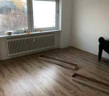 Neu sanierte 1 Zimmer Etagenwohnung in Stadtmitte zu vermieten