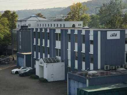 Repräsentativ freistehende Bürogebäude und Lagerfläche