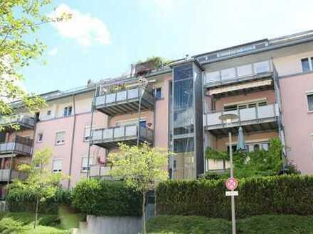 Tolle Penthaus Wohnung mit Wintergarten für mittelfristige Anmietung