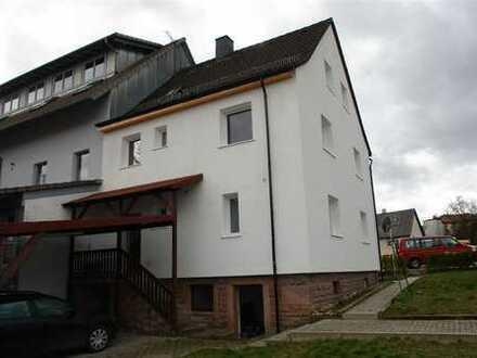 LIMBACH: solides, renoviertes EFH mit 7 Zi. und kl. Nebengebäude/Lager