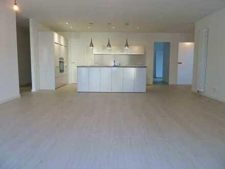 Moderne 4- Zimmer Wohnung in zentraler Lage in Weilimdorf