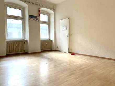 Bei Bedarf sanieren wir für Sie - 500 €/m² - 1-Zi. ETW zur Selbstnutzung oder als Kapitalanlage