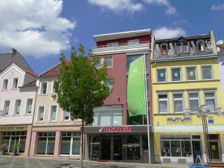 Ein aussichtsreicher Arbeitsplatz: Gewerbefläche in Bestlage mit Blick auf Obermarkt und Lutherplatz