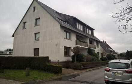 Renovierte 3 Zimmer Wohnung mit Balkon
