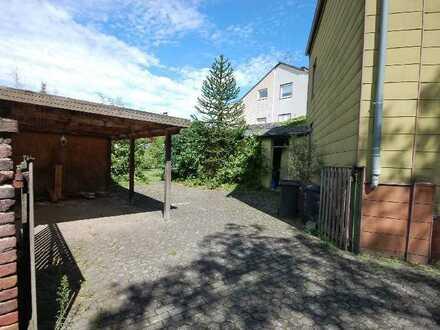 Nur für Monteure geeignet: Geräumiges 8-Zimmer-Haus in Köln
