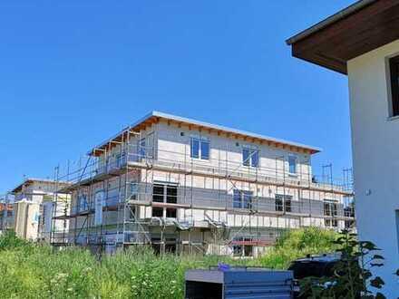Erstbezug: Großzügige 4-Zimmer Dachterrassen-Wohnung mit Penthouse-Charakter im grünen Mahlsdorf
