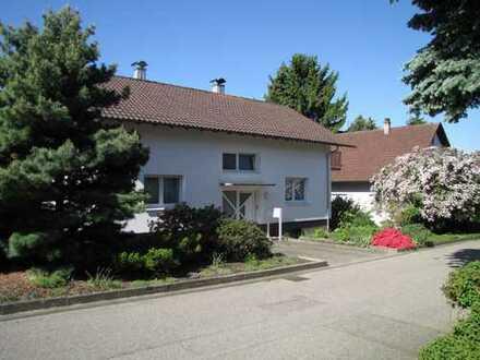 Freistehendes Einfamilienhaus mit fünf Zimmern in Rastatt (Kreis), Bühl