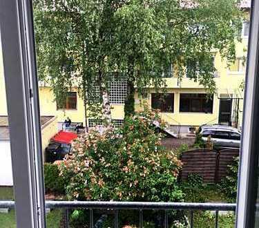 1-Zimmer Dachgeschosswohnung Appartement mit TG-Platz in Gilching