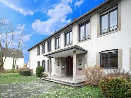 Herrschaftliche Villa in besonderem Ambiente mit viel Potenzial in guter Lage von Niederlahnstein