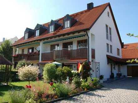 Schöne 5-Zimmer-Maisonette-Wohnung mit Balkon in Freising (Kreis)
