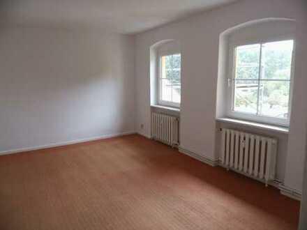 Helle zwei Zimmer Wohnung im Altbau