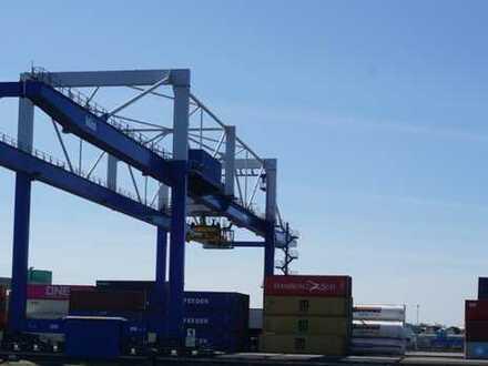 Containerdepot / Außenlager, Krane mit 5 t / 3,2 t Traglast, ca. 10.000 qm, zu vermieten bei Ulm