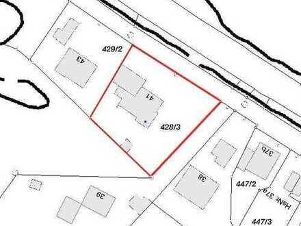 Grundstück mit Altbestand in Untermaxlried - Bebaubar durch Vorbescheid mit einem Doppelhaus