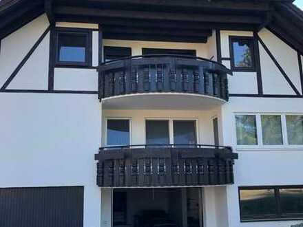 Gepflegte 5-Zimmer-Landhauswohnung mit EBK und Balkon in Bad Schussenried Kürnbach