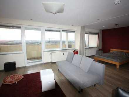 LOFT-FEELING: Geschmackvolles möbliertes Appartement mit super Blick - zwischen AUDI und IN-City