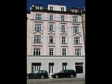 Haidhausen: Exklusive 2 Zimmer + gr. Wohnküche 85,6qm