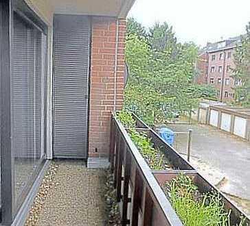 Singleappartment mit Balkon auf 42 qm mit großem Einbauschrank!!