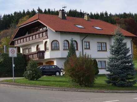 Hochwertige 4,5-Zimmer-DG-Wohnung im Hauptort Meßstetten