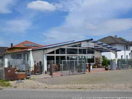 Moderne Produktions/Verkaufshalle mit Büro- und Sanitär/Personalbereich in Bestlage von Heitersheim