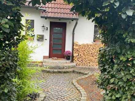 Gepflegte DHH in Herzogenaurach